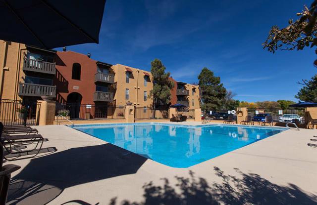 Los Pinones Apartments - 825 Calle Mejia, Santa Fe, NM 87501