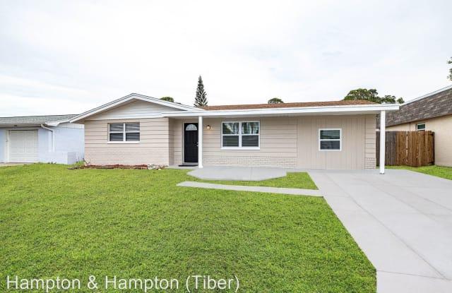 3913 CLAREMONT DR - 3913 Claremont Drive, Beacon Square, FL 34652