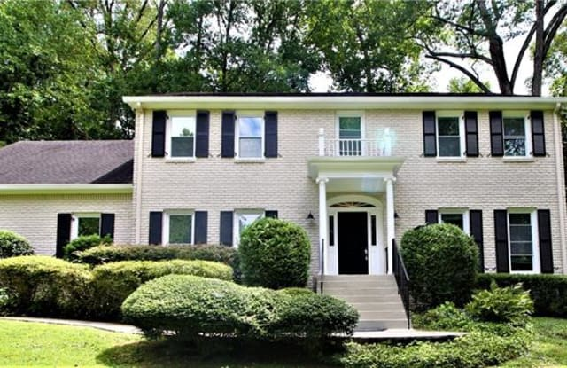 430 Lost Forest Court - 430 Lost Forest Court, Sandy Springs, GA 30328