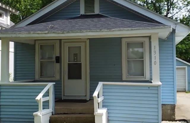 1310 Randall St. - 1310 Randall Street, Beloit, WI 53511