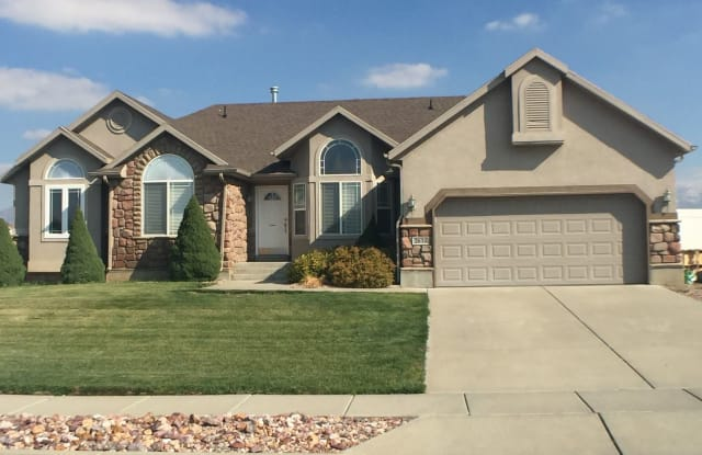 2634 North 2275 West - 2634 North 2275 West, Clinton, UT 84015