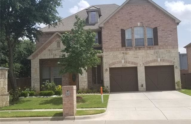 610 Port Royale Way - 610 Port Royale Way, Euless, TX 76039