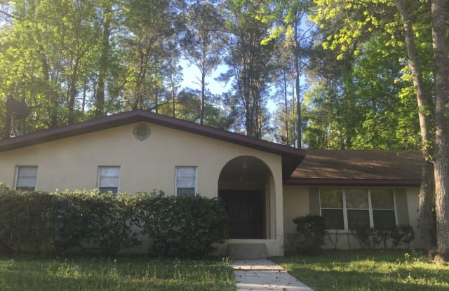 10225 NW 25th Place - 10225 Northwest 25th Place, Alachua County, FL 32606