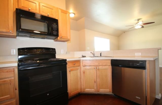 119 Lindas Creek Lane - 119 Lindas Creek Ln, Parker County, TX 76088