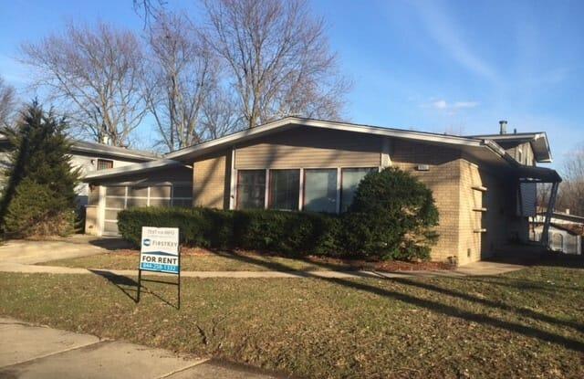 251 North Pleasant Drive - 251 Pleasant Drive, Glenwood, IL 60425