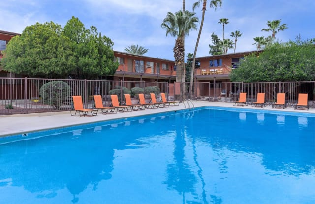 Country Club Apartments - 3033 E 6th St, Tucson, AZ 85716
