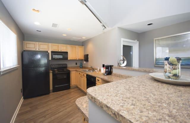 Axiom Apartments - 5625 Keyway Blvd, Charlotte, NC 28215