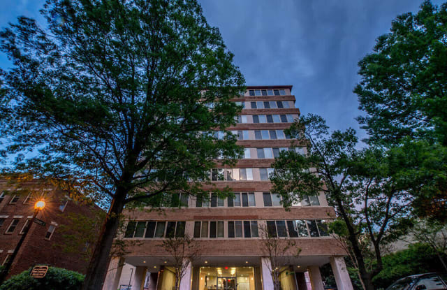 The 925 Apartments - 925 25th St NW, Washington, DC 20037