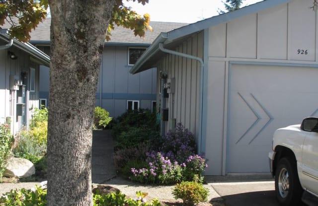 928 Blue Heron Avenue NE - 928 Blue Heron Avenue Northeast, Bainbridge Island, WA 98110