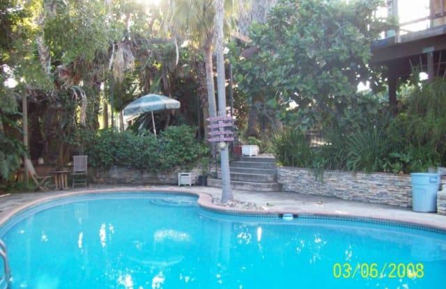 978 Phillips St Pool House - 978 Phillips St, Vista, CA 92083