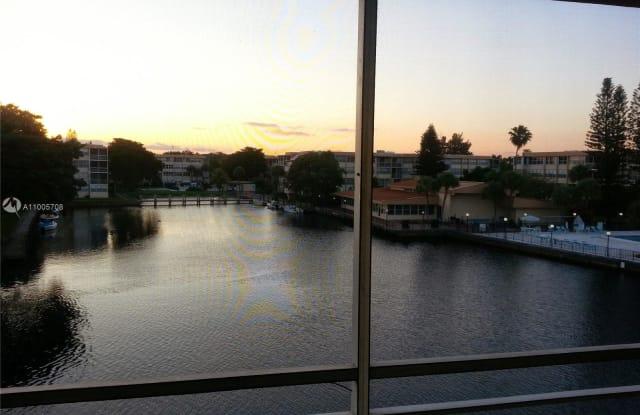 Isle Of Venice - 2775 Taft Street, Hollywood, FL 33020