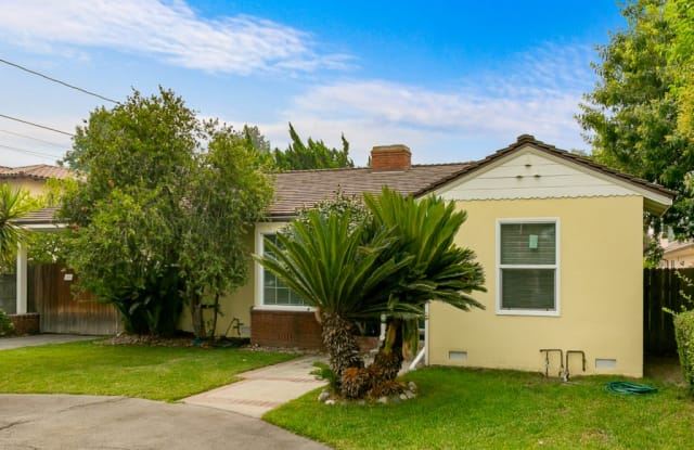 446 W Longden Avenue - 446 West Longden Avenue, Arcadia, CA 91007