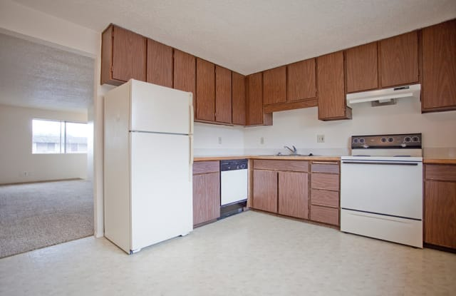 Northgate Apartments - 1480 16th Street, Springfield, OR 97477