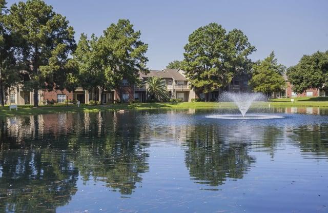 Lakeview Apartments - 16755 Ella Blvd, Houston, TX 77090