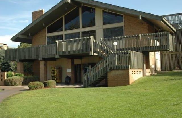 The Crossing Apartment Homes - 13500 Albrook Dr, Denver, CO 80239