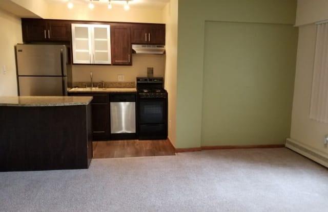 West Calhoun Apartments - 3146 Bde Maka Ska, Minneapolis, MN 55416