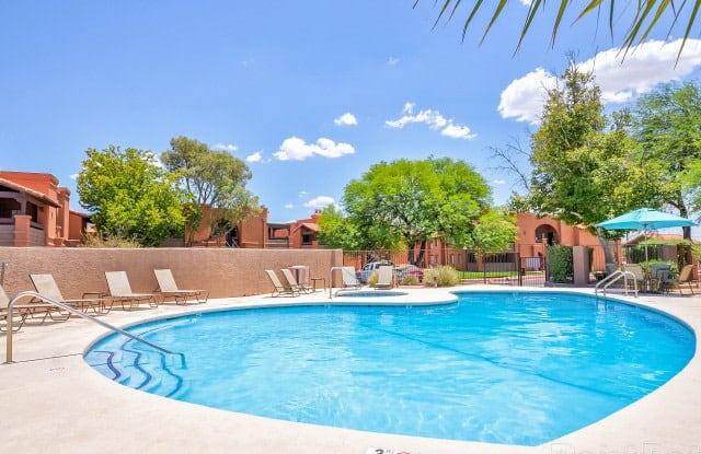 Coronado Villas - 9225 E Tanque Verde Rd, Tucson, AZ 85749
