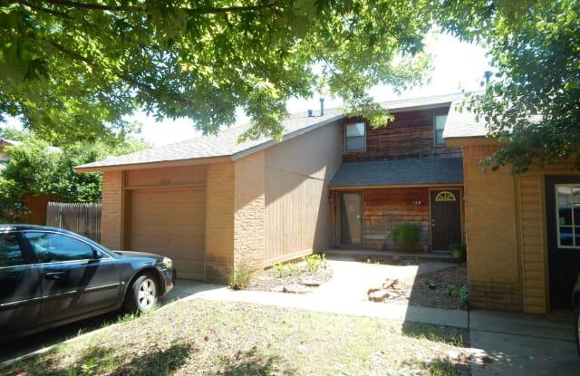1312 Pennington Ave - 1312 Pennington Avenue, Edmond, OK 73012