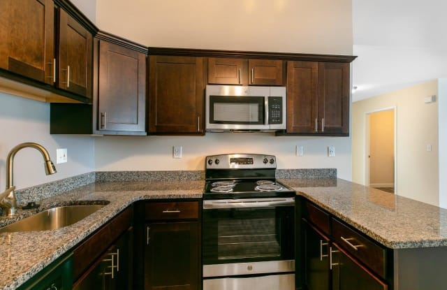 The Mansions at Delmar Apartments - 63 Mansion Blvd, Voorheesville, NY 12054