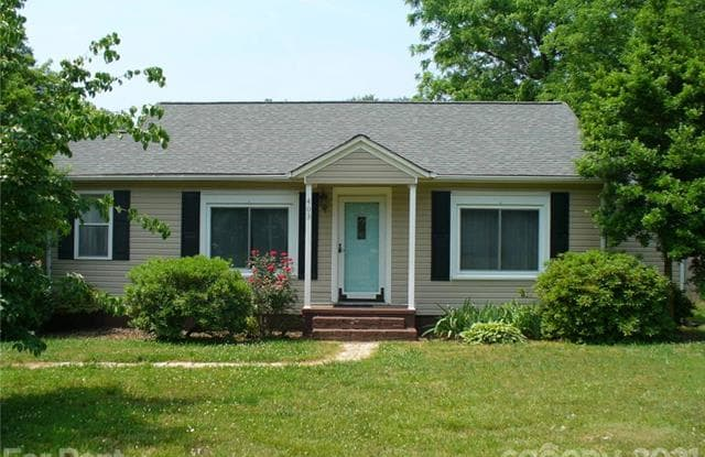 403 Cherry Street - 403 Cherry Street, Mount Holly, NC 28012