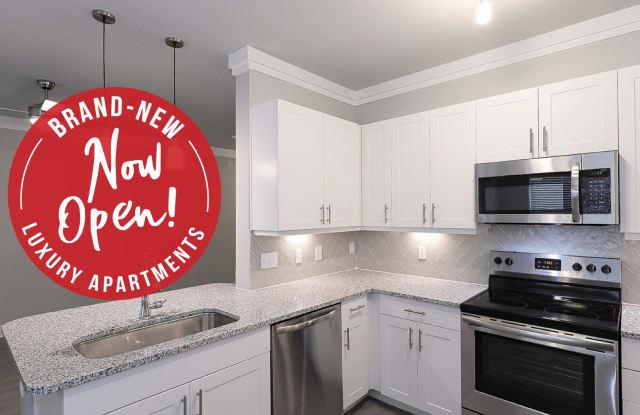 Vale Overland Park Apartments - 13331 Hauser Street, Overland Park, KS 66213