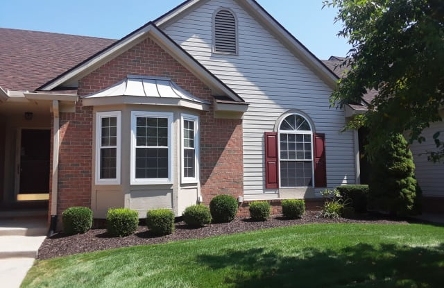 462 Mulberry Dr - 462 Mulberry Dr, Commerce, MI 48390