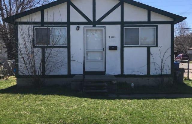 7504 Lozier St - 7504 Lozier Avenue, Warren, MI 48091