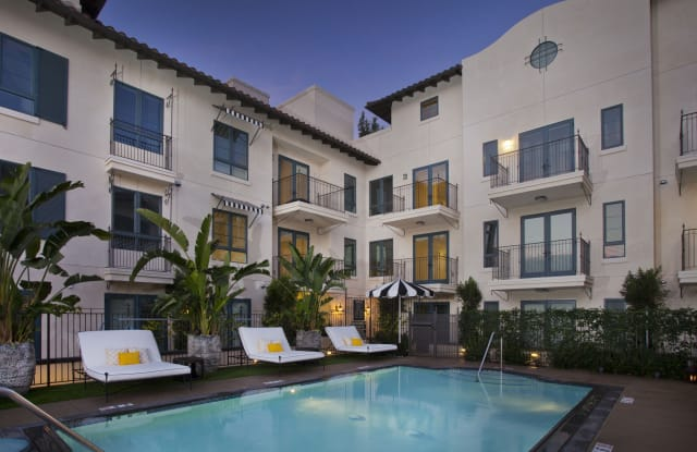 Broadstone Candara at Hancock Park - 738 Wilcox Ave., Los Angeles, CA 90038