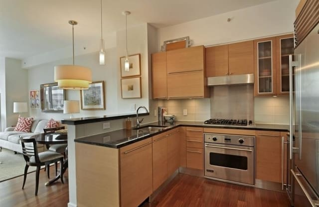 10 W End Ave - 10 W End Ave, New York, NY 10023