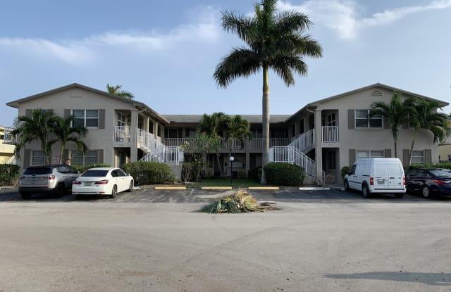 2130 NE 42nd Court #2 - 2 - 2130 Northeast 42nd Street, Lighthouse Point, FL 33064