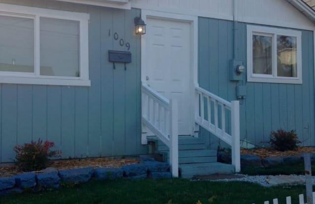 1009 Ironsides Avenue - 1009 Ironsides Avenue, Bremerton, WA 98310