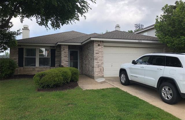 5213 Emmeryville Lane - 5213 Emmeryville Lane, Fort Worth, TX 76244