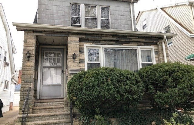173-32 82 Avenue - 173-32 82nd Avenue, Queens, NY 11439