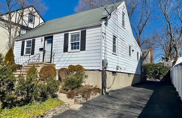 52 Treat Avenue - 52 Treat Avenue, Stamford, CT 06906