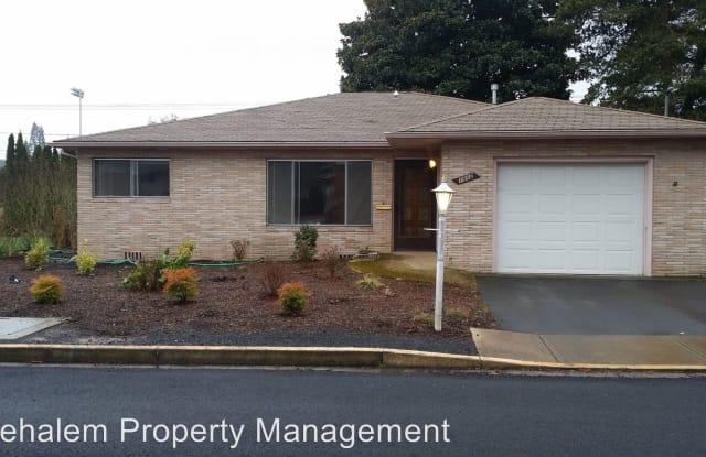 1012 Cherry St. - 1012 Cherry Street, Newberg, OR 97132