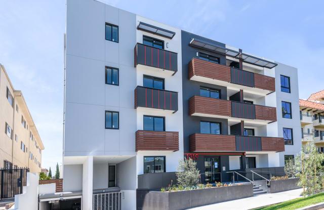 Martel Flats - 1319 North Martel Avenue, Los Angeles, CA 90046