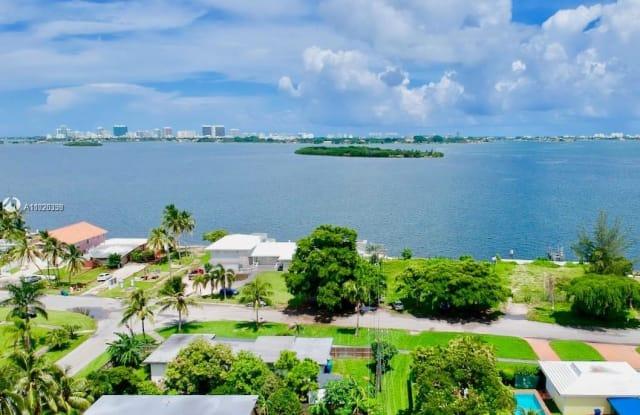 10850 N Bayshore Dr - 10850 North Bayshore Drive, Miami-Dade County, FL 33161