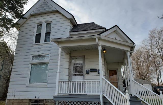 8 South Normal Street - Upper - 8 South Normal Street, Ypsilanti, MI 48197