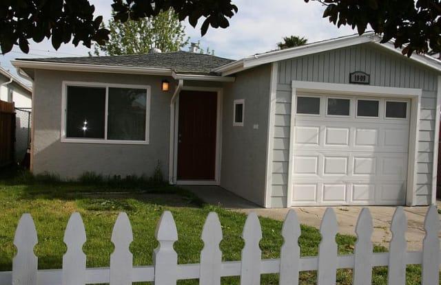 1909 Emeric Ave - 1909 Emeric Avenue, San Pablo, CA 94806