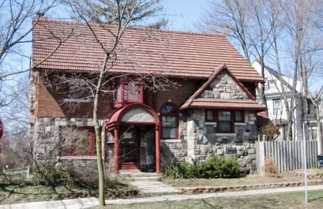 848 E University Ave - 848 East University Avenue, Ann Arbor, MI 48104