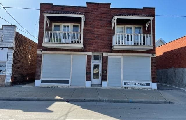 3450 West 105th St - 3450 West 105th Street, Cleveland, OH 44111