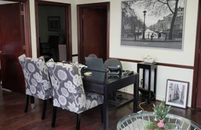543 N MAIN Suite # 413 Street - 543 North Main Street, Rochester, MI 48307