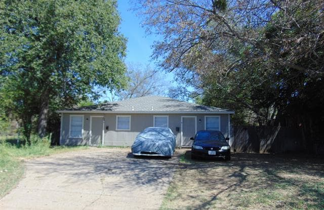 205 Brandies Street - 205 Brandies Street, Fort Worth, TX 76111