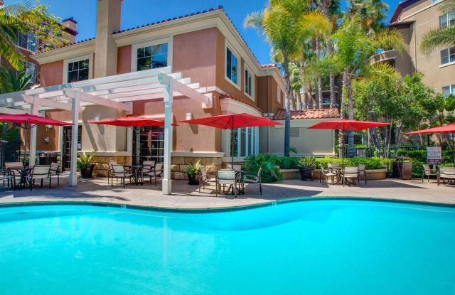 Villas at Park La Brea Apartments - 5555 W 6th St, Los Angeles, CA 90036