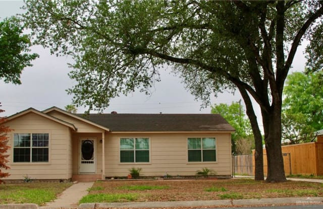 1015 Orange Avenue - 1015 Orange Avenue, McAllen, TX 78501