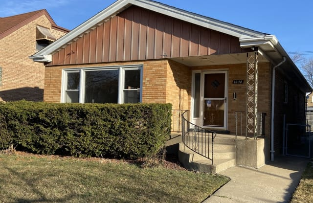 7038 West Foster Avenue - 7038 West Foster Avenue, Chicago, IL 60656