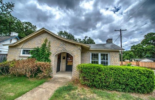 2500 Goldenrod Avenue - 2500 Goldenrod Avenue, Fort Worth, TX 76111
