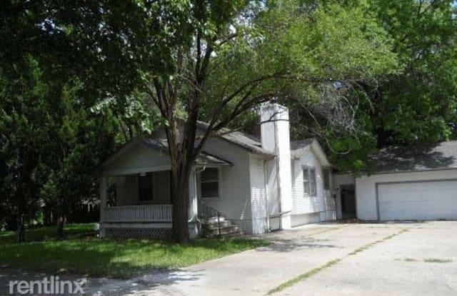 1258 SW Lane St - 1258 Southwest Lane Street, Topeka, KS 66604