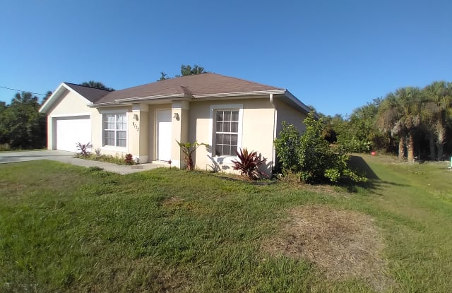 8173 Wawana Rd - 8173 Wawana Road, North Port, FL 34287