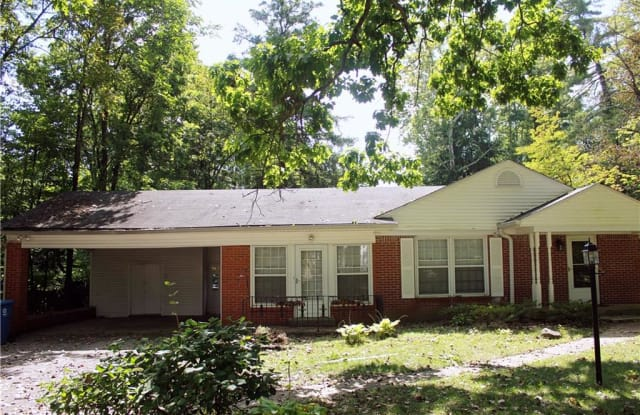 607 East 82nd Street - 607 East 82nd Street, Indianapolis, IN 46240